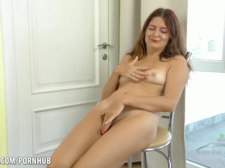 Thick mom rides dick porn