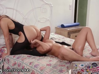 Blondie pornstar italiana