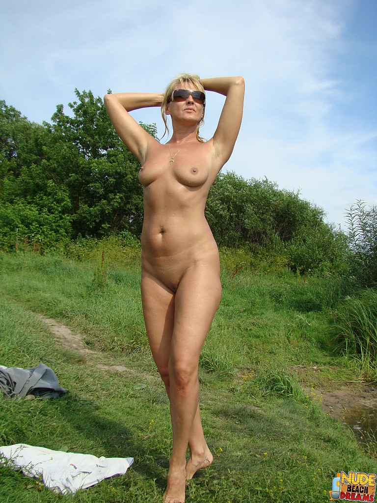 naked women with many men