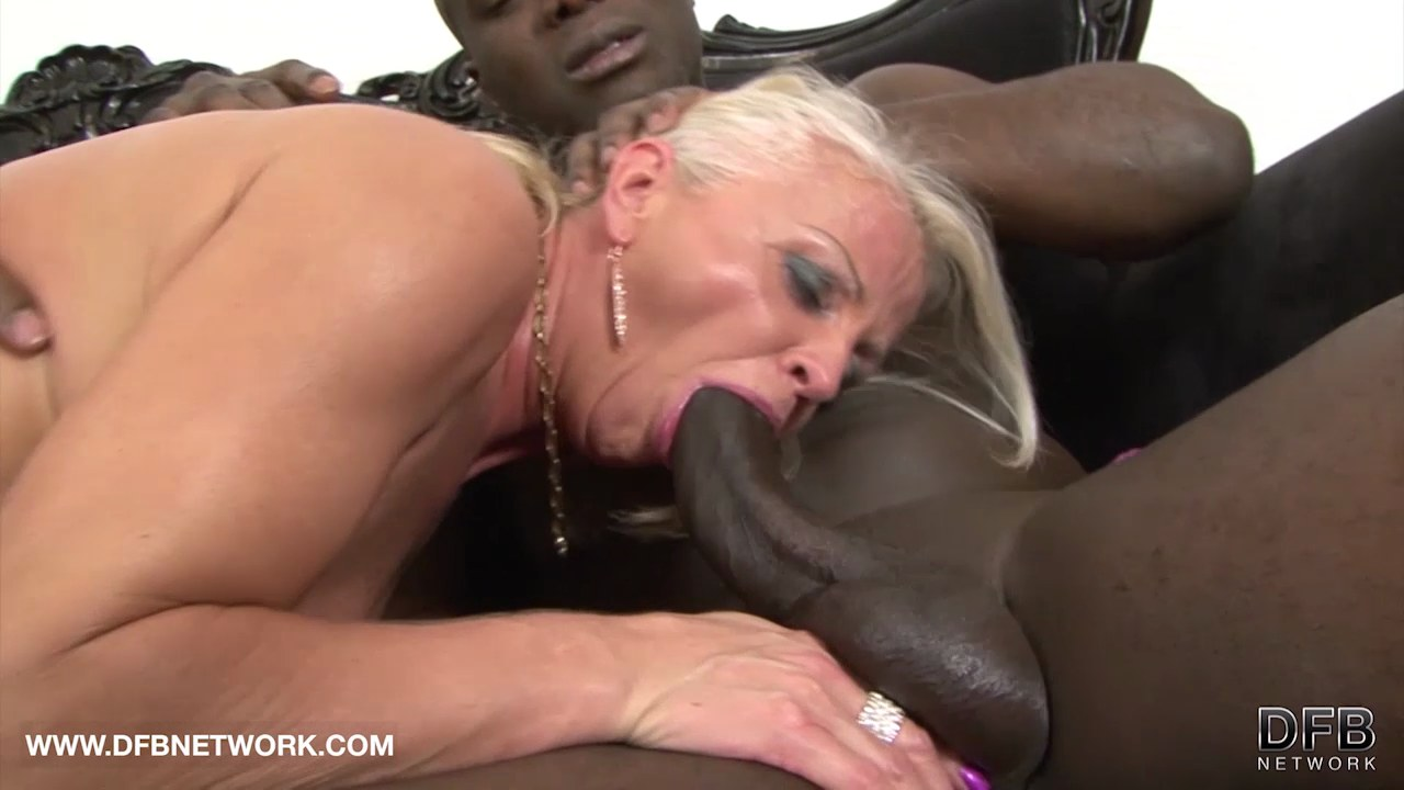 wife surprised by big dick